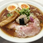 オコメノカミサマ - 料理写真:【あさり醤油ラーメン + 煮たまご】¥780 + ¥100
