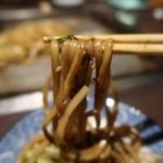でん - 麺りふと(笑) 太麺な焼きそばです♪