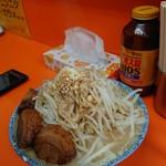 ブタキング - 豚味噌ラーメン 野菜増しカラメ
