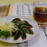 Manshinsaikan - ピータンとカメ出し紹興酒(晩酌セット)