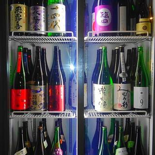 全国から厳選した希少酒や銘酒を常時50種以上格安でご提供