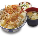 福天丼 - 人気の天丼。味噌汁、お新香もついて529円。