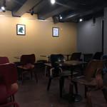 ミッツコーヒースタンド - 店内2