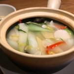 中国菜 四合院凛丹 - 土鍋飯スープ