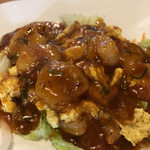 華福 - チリソースですが、普通のエビチリと違って少しウスターソース的なのか美味しかったです。