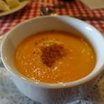 フランス料理遊心 - 本日のスープ 人参とオレンジのクリームスープ