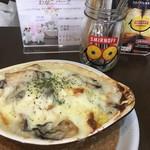 カフェ&ダイナー ベリーチェ - 料理写真:牡蠣のクリームドリア