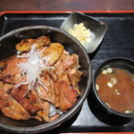 100519263 - 帯広豚丼(特々盛)セット