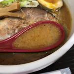らーめん縁 - サラッと軽い味噌スープ(小田急新宿店「北海道物産展」)
