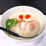 ラーメン家 みつ葉 - 豚CHIKIえび醤油ラーメン