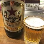 やきとり にしだ屋 - 瓶ビールは、赤星とドライ