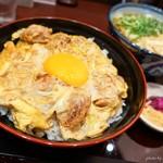しなの路 - 料理写真:2018年11月 炙り親子丼ミニ麺セット(きざみうどん)【1250円】