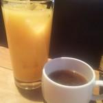 WIZ CRAFT BEERandFOOD - オレンジジュースとスープ
