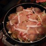 い酒や えどや - ハマグリと豚肉の鍋