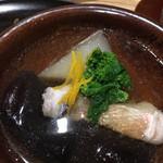 100546476 - 甘鯛・かぶら・きくらげ 出汁が美味しい。きくらげのコリっと食感とかぶらの、口の中でとろける食感。 かなり好みです。