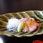徳山鮓 - 鯉のお造り、岩魚の卵、熊肉