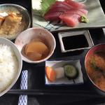 米常 - 料理写真:刺身定食