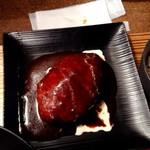 佰食屋 - ハンバーグはこんな感じで、ふっくら美味しそうに焼けてます♪