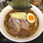 牛こくラーメン まる勝 - 「牛こくらーめん」980円