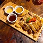 肉バルGABURICO - 1ポンドシェアチキンステーキ1199円