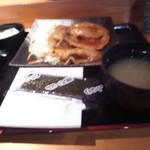 個室居酒屋 とくいちの屋 - 豚ロースしょうが焼き定食