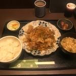 100579017 - 生姜焼き定食