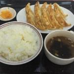 麺屋 源三 - 餃子定食W