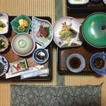 最上屋旅館 - 料理写真:夕食