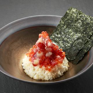 ◆【名物】島の人海鮮まぶし丼!◆ここでしか味わえない海鮮丼