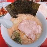 山岡家山形西田店 - 醤油Bセット JAF特典チャーシュー2枚プラス 840円