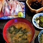 魚菜はざま - 小鉢も充実