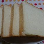 花らんぷ - ミルク食パン5枚切¥213-