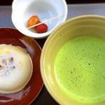 寿庵 寺田屋 - 抹茶と梅が枝餅