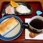 喫茶たから - 料理写真:モーニング(全体)