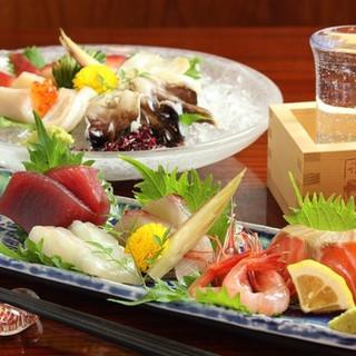 柳橋市場から直接仕入れ◎素材と出汁にこだわる自慢の料理を是非