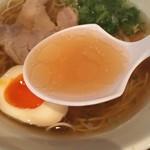 麺屋だご - 醤油ラーメン  スープ