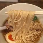 麺屋だご - 醤油ラーメン  にょ〜ん( ´ ▽ ` )ノ