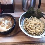 つけ麺 うまづら - 味玉入りつけ麺 ¥880 並盛り200g