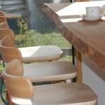 カフェ わかば - カウンター4席 テーブル2席 テラス席もあります(喫煙はテラス席のみ)