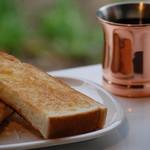 カフェ わかば - バタートースト (国産小麦のパンです)
