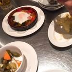 100649305 - 卵入りピスト、ポテトのアリオリ風味