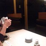 10065804 - 店内奥にはテーブル席を完備
