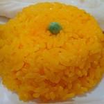 100650618 - Asian Dining & Bar New Maharaja @ときわ台 ランチセットに添えられる、長粒米では無くジャポニカ米が使われるターメリックライス