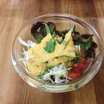 カフェ 呂久呂 - ランチセットのサラダ