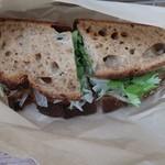 キャメルバック リッチバレー - イワシのサンドウィッチ
