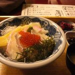 10066352 - 水曜日は活〆真鯛とイクラの丼