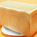100660371 - 角食パン