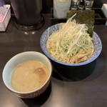 100666740 - つけ麺ごま味噌ダレ+ネギ