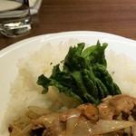 グリドルズ・バーTokyo赤蔵 - 豚肉の炒めです