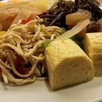 グリドルズ・バーTokyo赤蔵 - 総菜です 玉子焼き美味しい